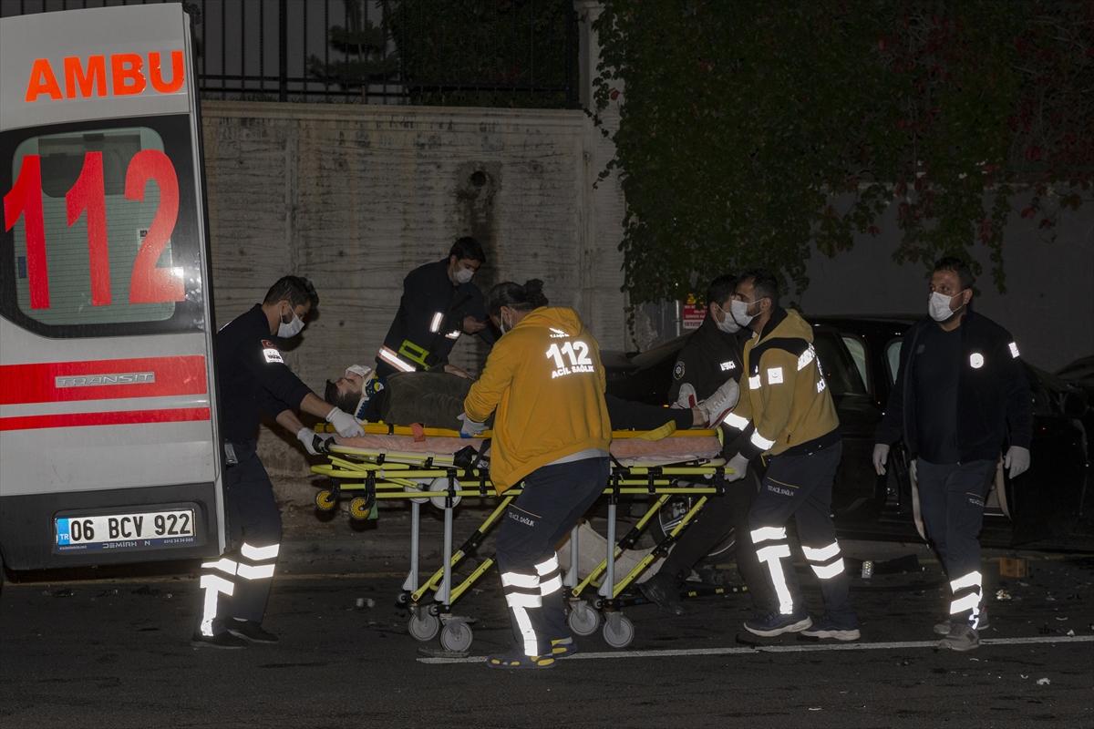 Başkentte iki otomobil çarpıştı: 1'i ağır 5 yaralı