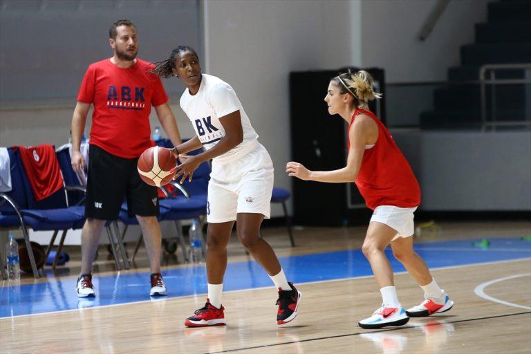 Büyükşehir Belediyesi Adana Basketbol'da yeni transferler başarıya odaklandı