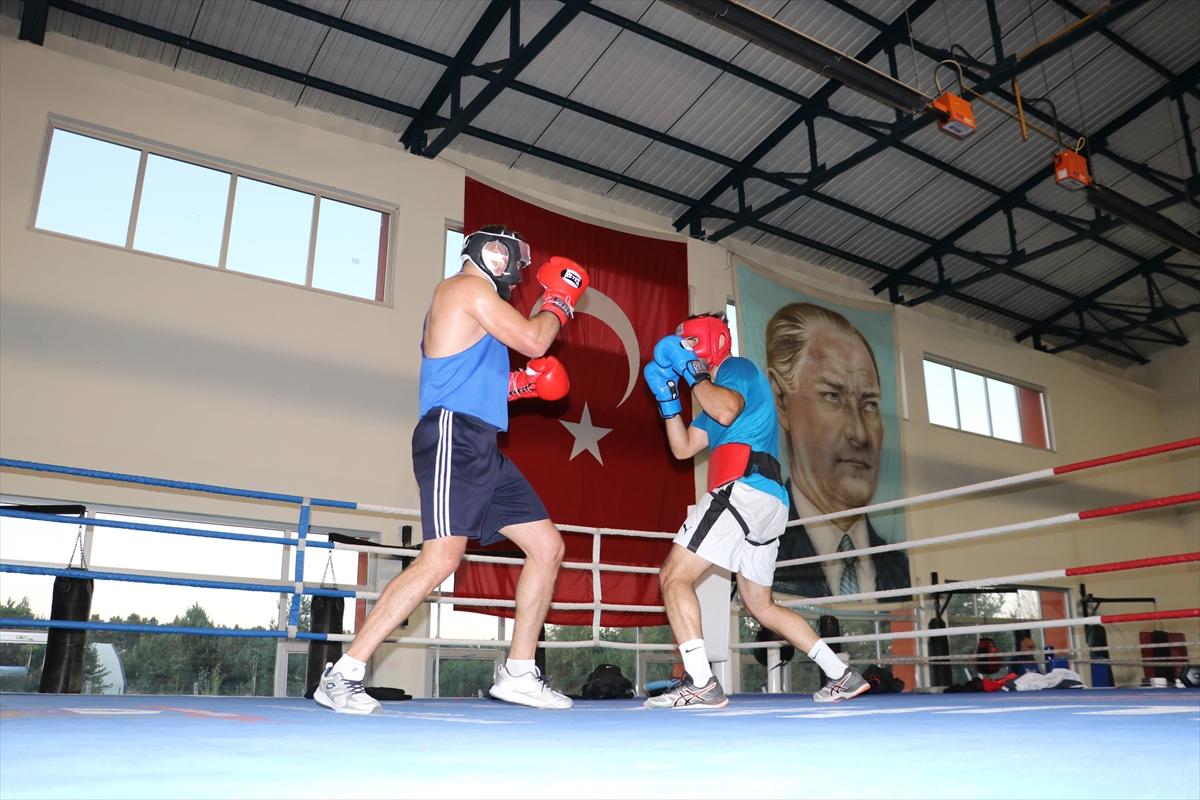 Erkek Boks Milli Takımı olimpiyat kota müsabakalarına hazırlıklarını sürdürüyor