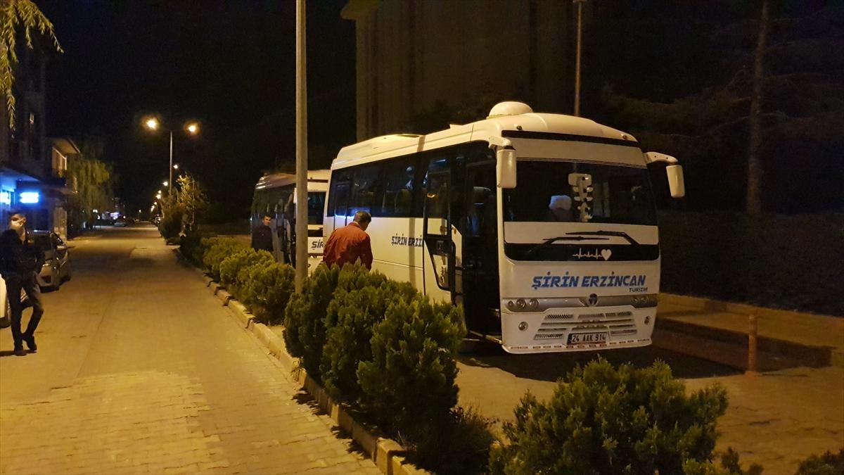 Erzincan'da yaya olarak ilerleyen 27 sığınmacı yakalandı
