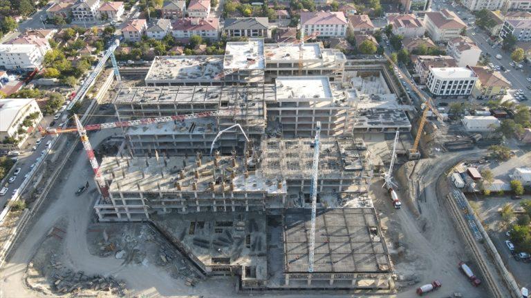 """Erzincan'ın """"akıllı hastanesi""""nin inşaatı yükseliyor"""