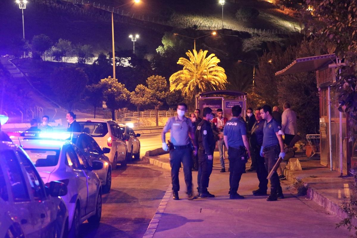 İş yerine girmeye çalışan hırsızı pompalı tüfekle vurdu