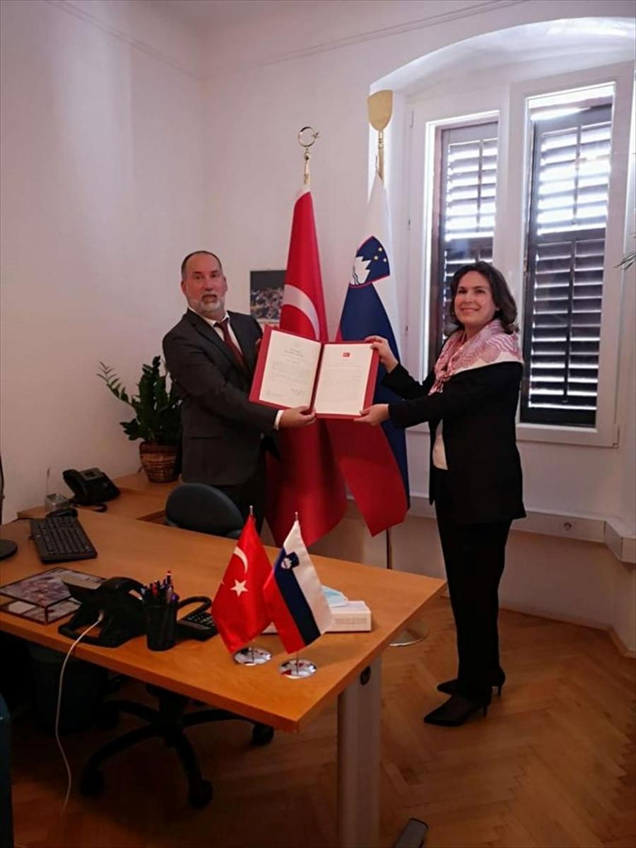 Türkiye'nin Slovenya'nın Koper şehrindeki fahri konsolosluğu yeniden faaliyetlerine başladı
