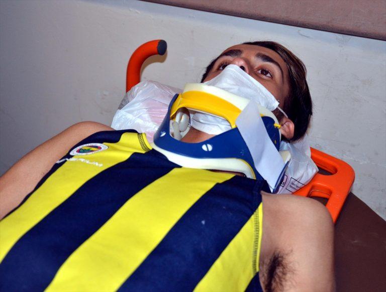 Yol kenarında antrenman yapan milli atlet İbrahim Karateker'e otomobil çarptı