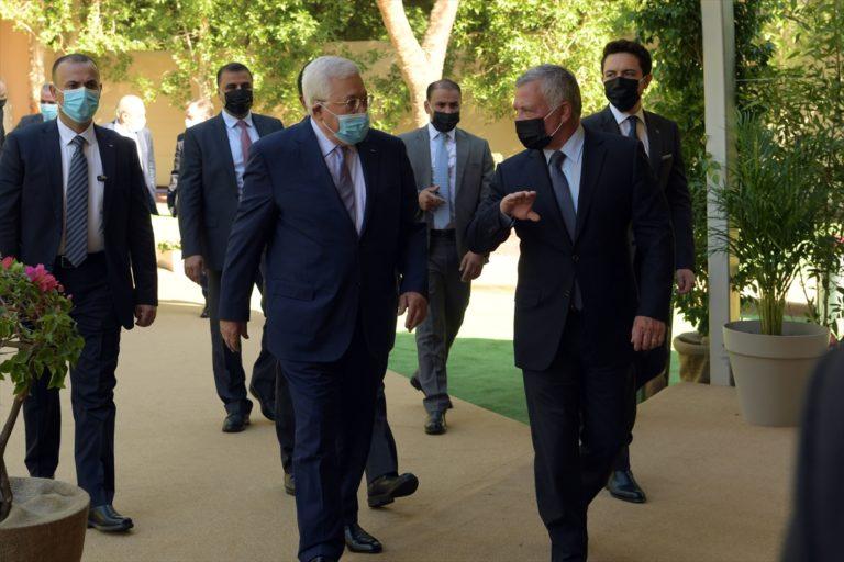 """Abbas, Ürdün'de Kral Abdullah ile """"Filistin meselesini"""" görüştü"""