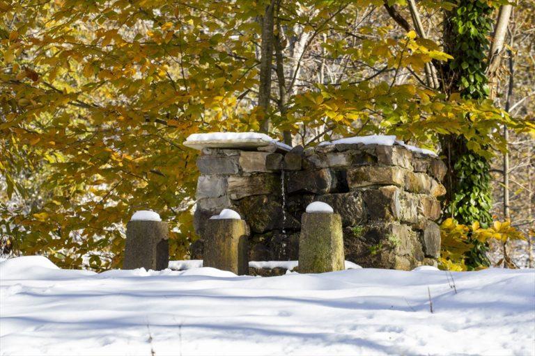 Artvin Boyuncuk köyünde etkili olan kar, seyrine doyumsuz manzara oluşturdu
