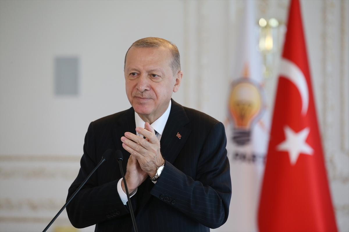 Erdoğan, AK Parti Isparta, Burdur, Gümüşhane, Kastamonu ve Sinop 7. Olağan İl Kongrelerine canlı bağlandı: (2)