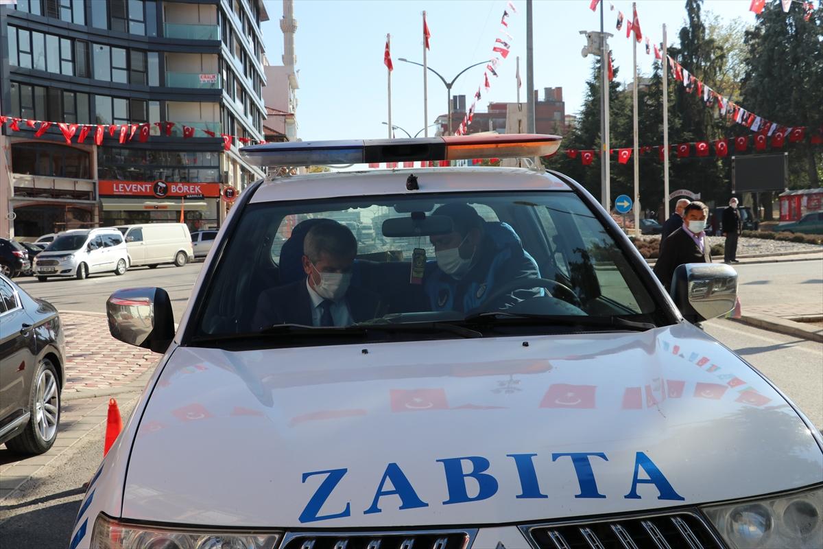 Denizli'de doktor belediye başkanı salgına karşı halkı anonsla uyardı