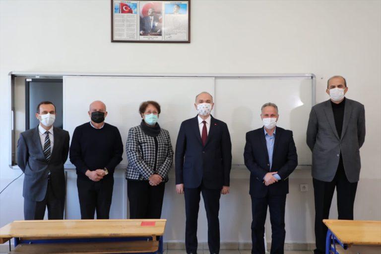 Düzce Belediye Başkanı Özlü'den lise öğretmenine 24 Kasım kutlaması
