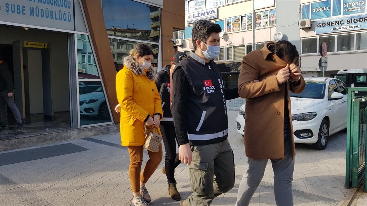 """İl il gezerek """"tırnakçılık"""" yöntemiyle dolandırıcılık yapan İran uyruklu 3 zanlı Kocaeli'de yakalandı"""