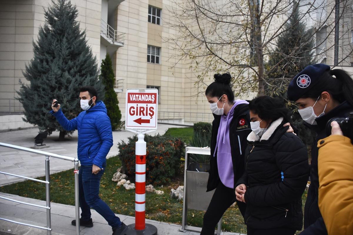 GÜNCELLEME – Kadir Şeker'in kurtarmak istediği kadın 900 gram uyuşturucuyla yakalandı