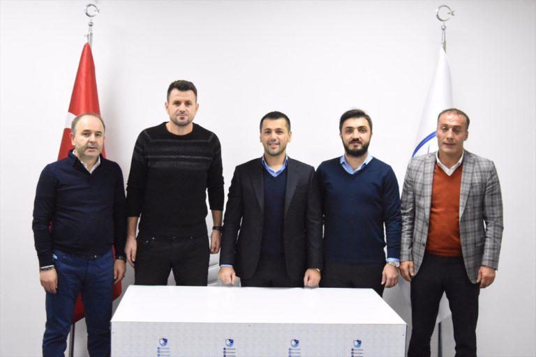 Büyükşehir Belediye Erzurumspor, teknik direktör Hüseyin Çimşir ile sözleşme imzaladı