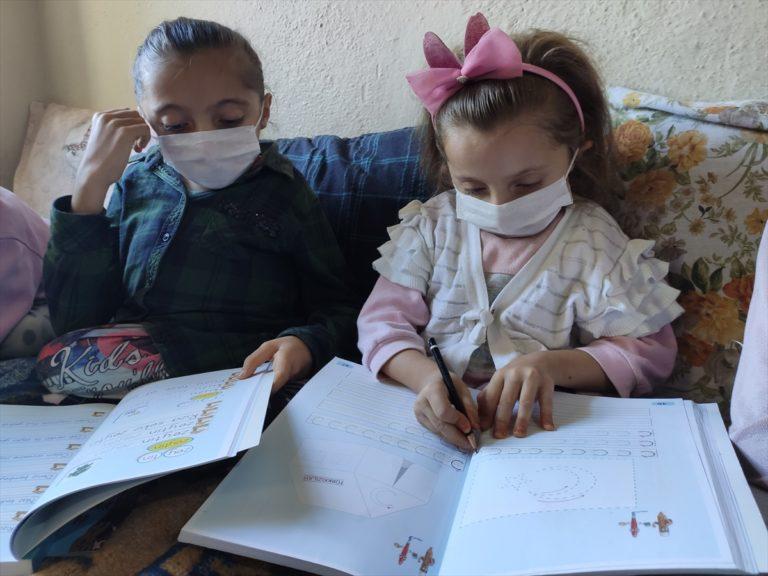 Cam kemik hastası 5 kardeş devlet desteğiyle okuyabilecek