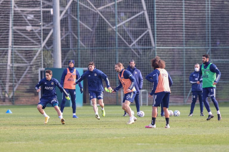 Fenerbahçe'de Denizlispor maçı hazırlıkları