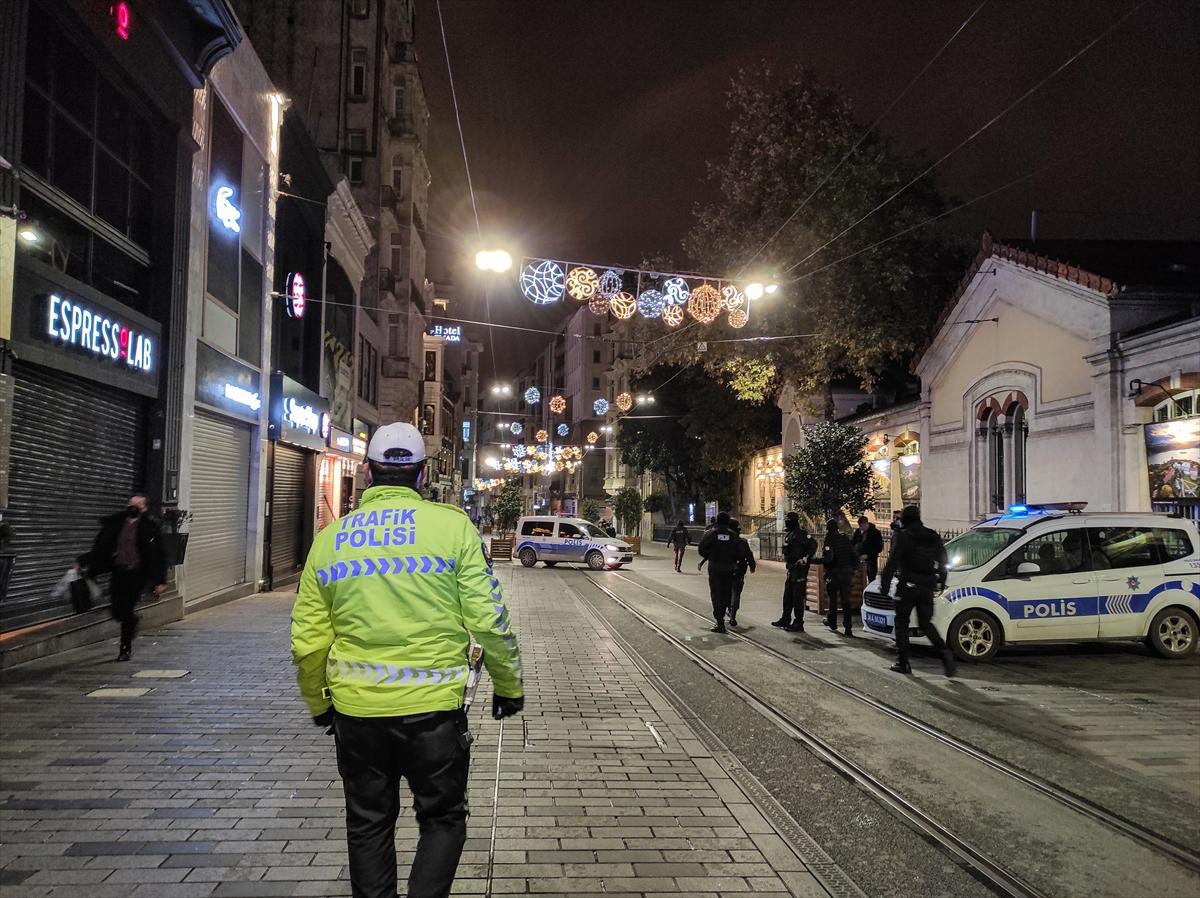 İstanbul, sokağa çıkma kısıtlaması sonrası sessizliğe büründü
