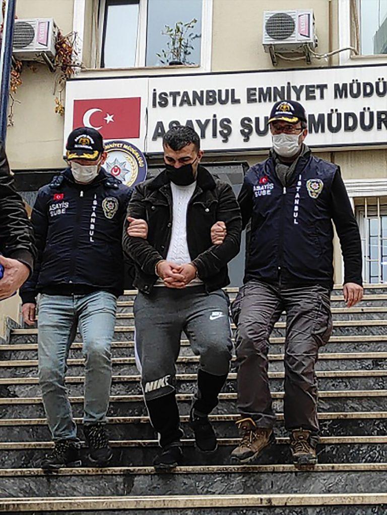 """İstanbul'da Interpol tarafından """"dolandırıcılıktan"""" kırmızı bültenle aranan şahıs yakalandı"""