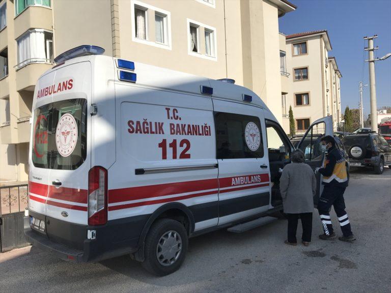 Karabük'te mutfakta çıkan yangında  anne ile kızı yaralandı