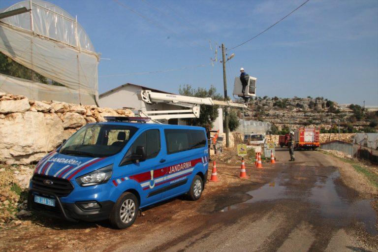 Mersin'de ev yangını hasara neden oldu