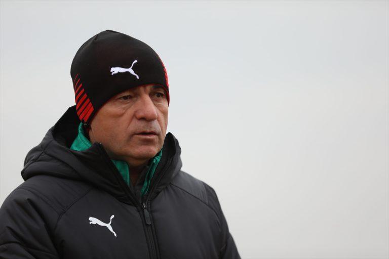 Sivasspor Teknik Direktörü Çalımbay'dan hakem eleştirisi: