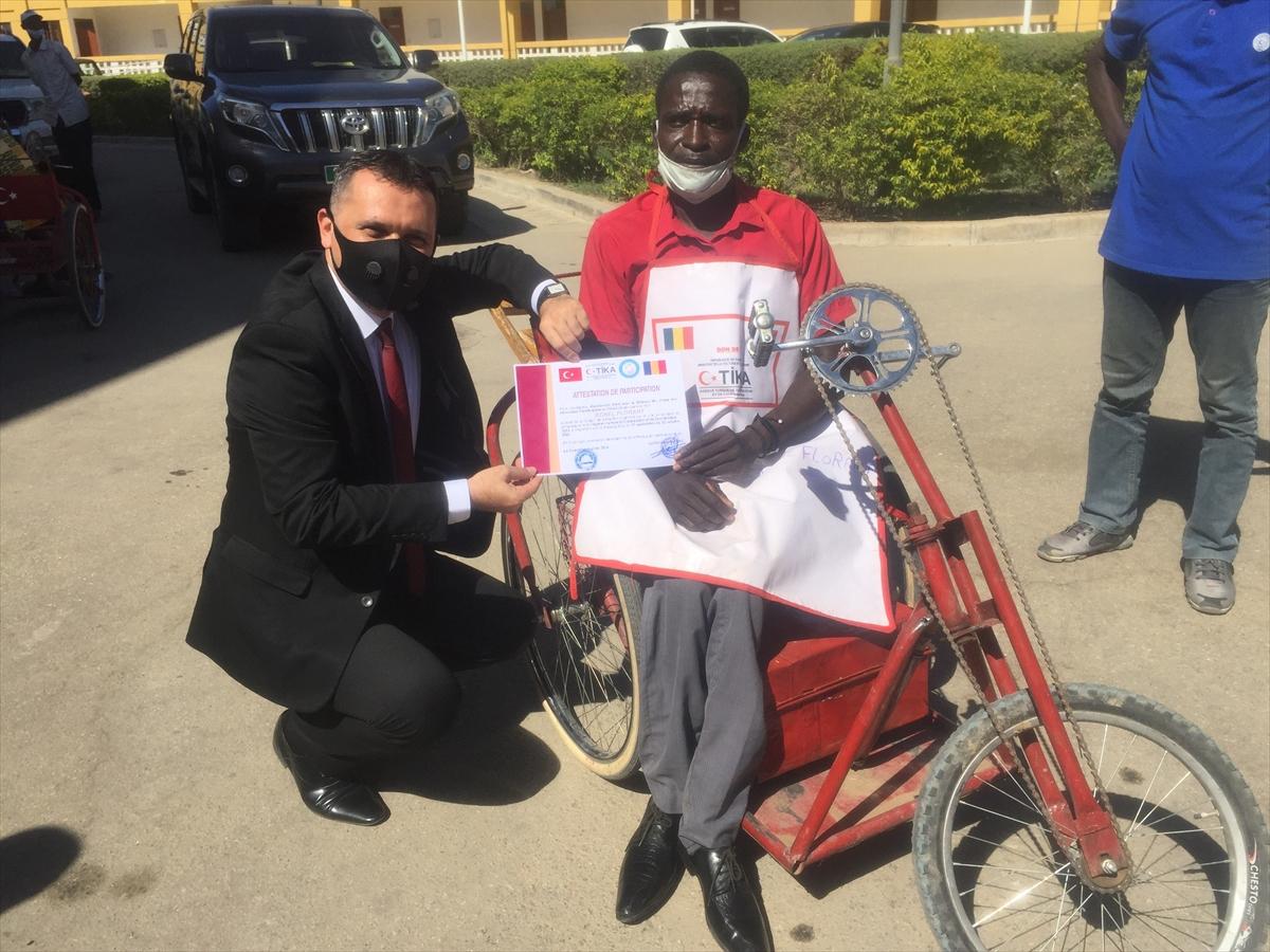 TİKA'dan Dünya Engelliler Günü'nde Çadlı engellilere eğitim ve malzeme desteği