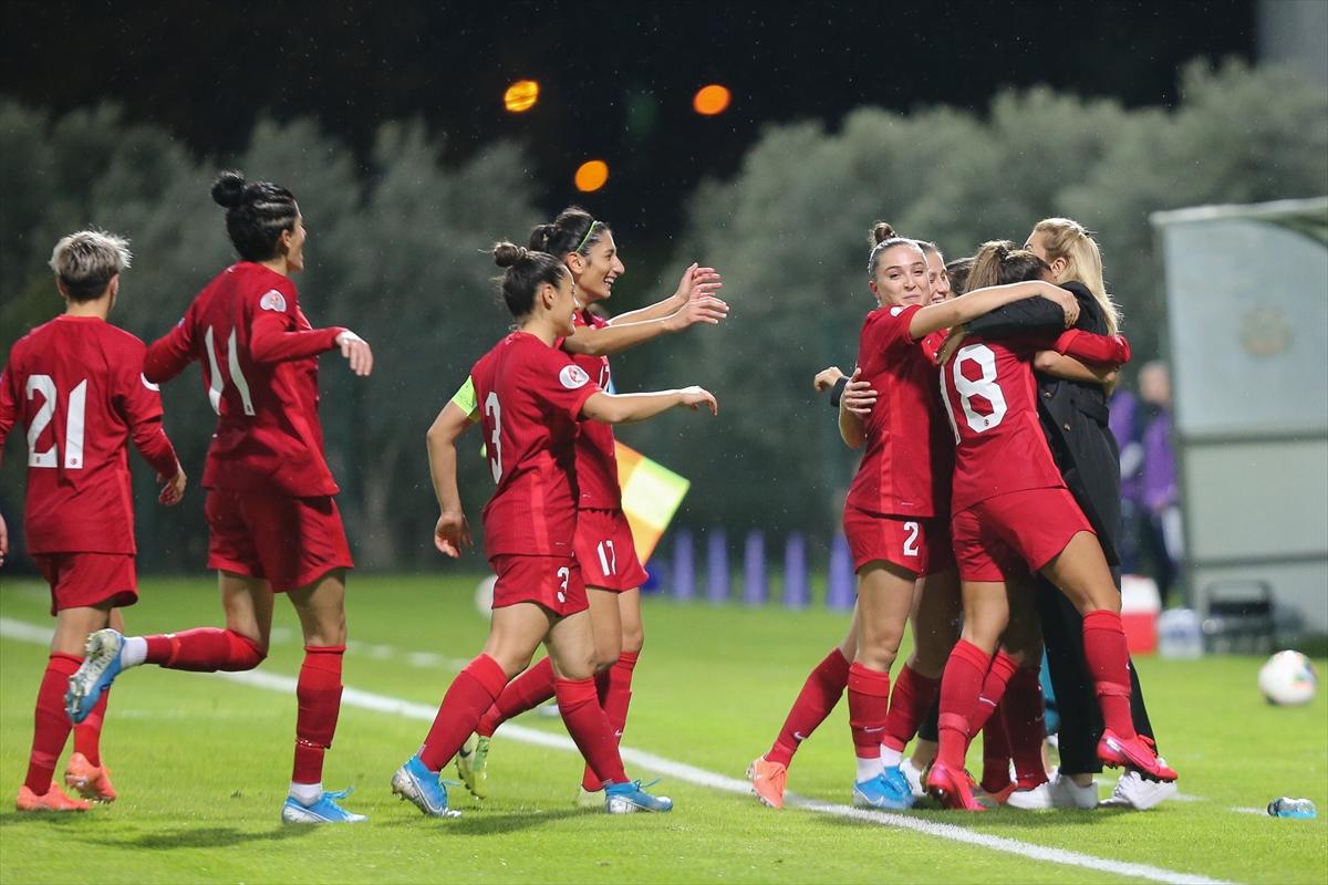 Futbol: 2022 Kadınlar Avrupa Şampiyonası Elemeleri
