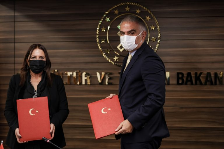 """Türkiye ve Kosova arasında """"Sinematografik İş Birliği"""" anlaşması imzalandı"""