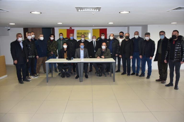 Yeni Malatyaspor, hayatını kaybeden gazetecilerin isimlerini basın tribününe verdi