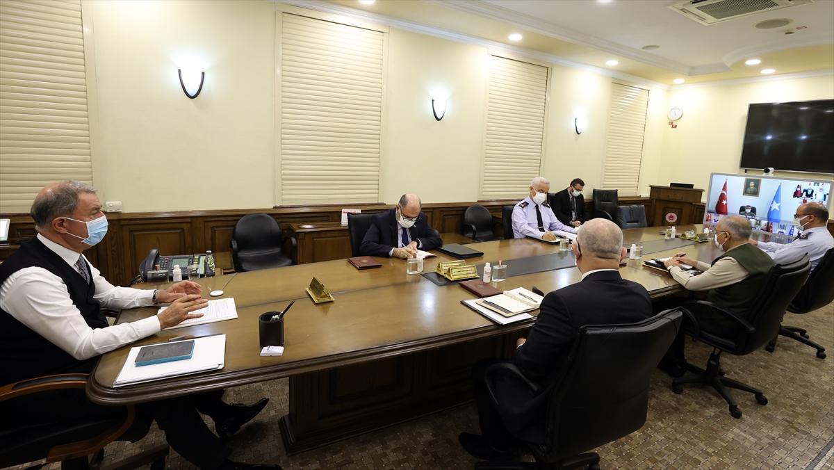 Akar'dan birlik komutanları ile yılın ilk video konferans toplantısı
